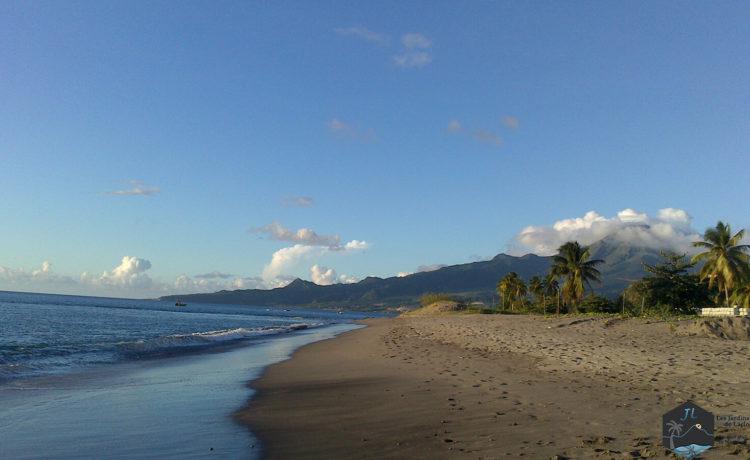Découvrez l'ile de la Martinique Plage avant le Carbet